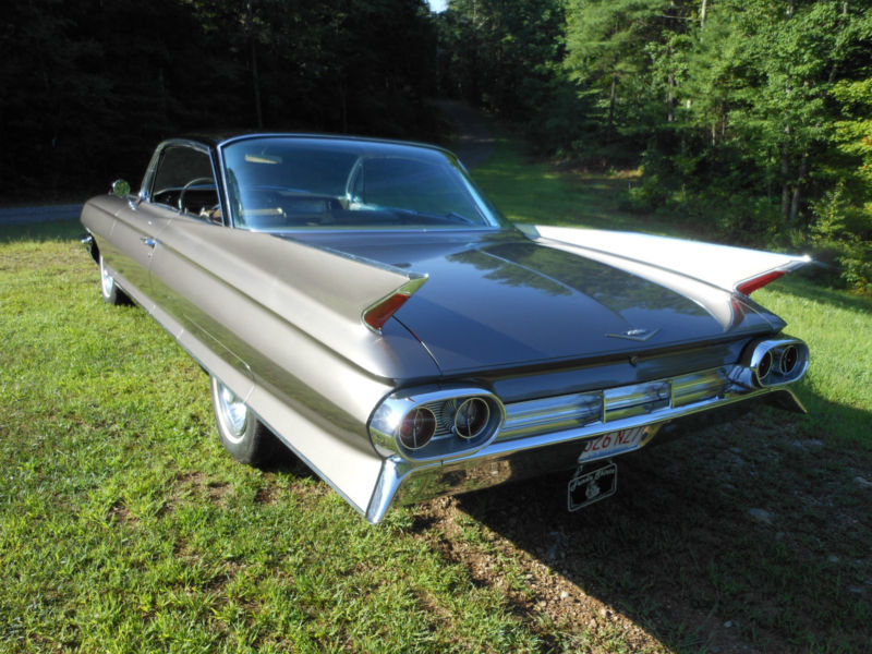 1961 Cadillac Series 62 Coupe