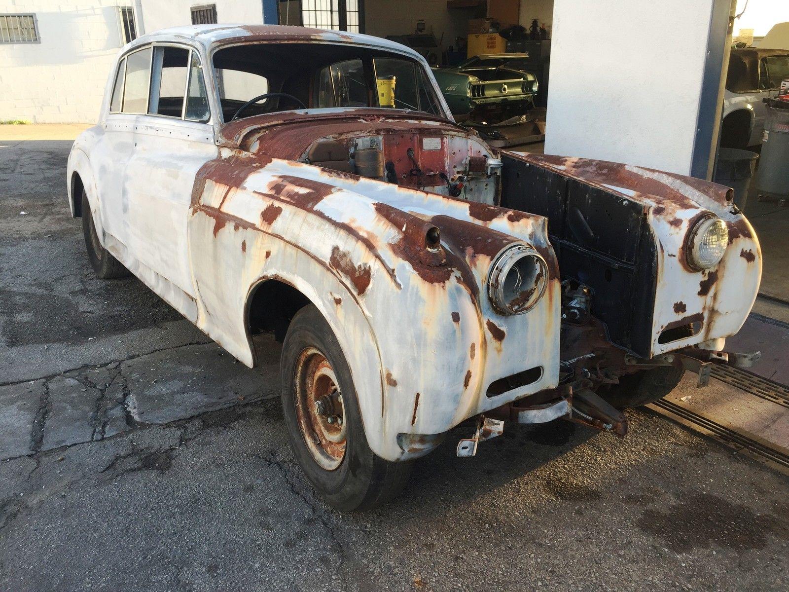 1958 Bentley S1 front